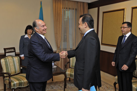 Prime Minister of Kazakhstan meets Prince Karim Aga Khan IV
