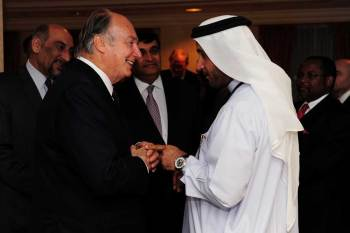 His Highness the Aga Khan with Mr Walid Hareb, Chief Award Co-ordinator of the Zayed International Humanitarian Award at the Reception following the Keynote address.