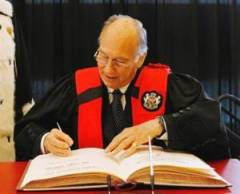 Ottawa Citizen Article: Wanted: A way to make unstable democracies work, Aga Khan says