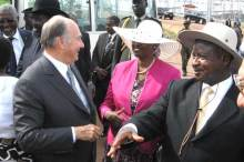 President Museveni of Uganda and His Highness the Aga Khan commission Bujagali dam