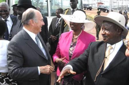 President Museveni of Uganda and His Highness the Aga Khan commission Bujagali dam