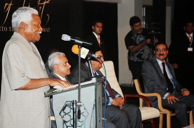 Ismaili community hailed over education, health contribution