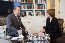 Mawlana Hazar Imam meets with Brown University President