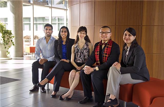 Doctor of Philosophy Student Nabeela Nathoo receives University of Calgary's President's Award for Excellence in Student Leadership for 2014