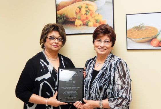 Cooking 25,000 samosas a day - Sisters Shelina Mawani & Nasim Dhanji wins Entrepreneur Award