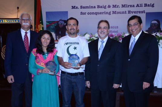 0 - AD - Ismaili Leadership at Serena Hotel on treturn from Everest