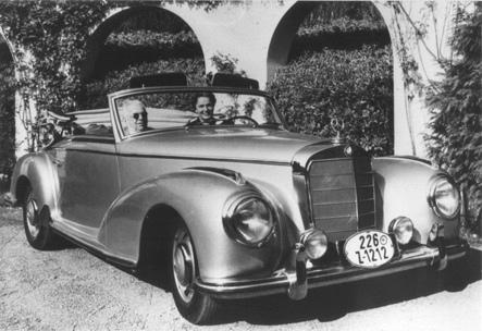 His Highness Aga Sir Sultan Muhammad Shah, Aga Khan III and Mata Salamat, Princess Yvonne Aga Khan - Sunday drive