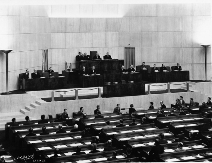 18 Assembly showing His Highness Aga Sir Sultan Muhammad Shah, Aga Khan III in the Presidential Chair. Geneva 1937 - Closeup - Photo League of Nations Archive