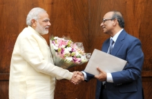 The Vice-Chairman, Aga Khan Foundation, Shri Gulam Rahimtoola calling on the Prime Minister, Shri Narendra Mod