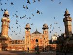 Aga Khan Cultural Services, Pakistan & Walled City Lahore Authority: Rescuing Lahore's Masjid Wazir Khan