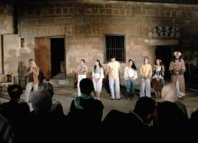 """About Lovers"": A theater play at Darb al-Ahmar"