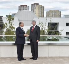 The Aga Khan Museum welcomes Prime Minister Stephen Harper and His Highness the Aga Khan