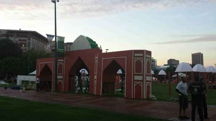 ATL-PW-ViA-Humayun Tomb replica entrance - being built
