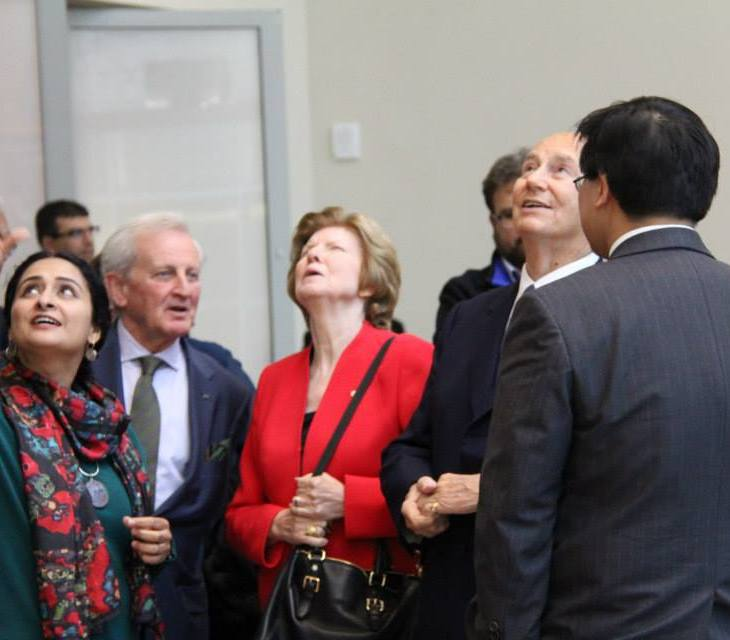 """His Highness The Aga Khan and other VIPs with Aisha Khalid viewing """"Your Way Begins on the Other Side"""" (Image: Ismailimail/Aisha Khalid)"""