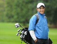 Salimah Mussani: Canadian Golf champion drives on despite lupus