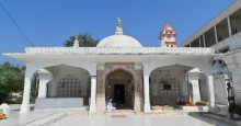 Mausoleum of Saiyad Imamshah. Pirana, Gujarat | Hussein Charania Photos