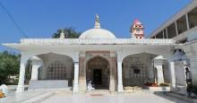 Mausoleum of Saiyad Imamshah. Pirana, Gujarat | Hussein Charania Photos