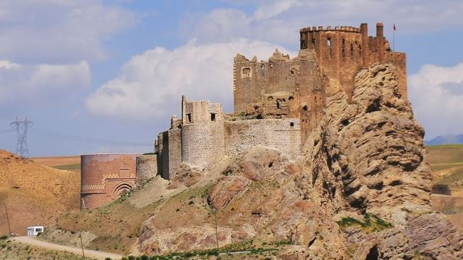 Iran plans to offer Alamut Fortress to UNESCO | PressTV