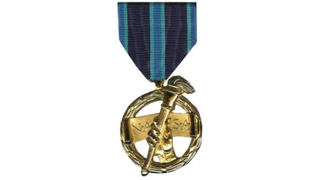NASA Outstanding Public Leadership Medal - Pics about space