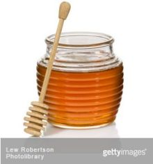Aga Khan University Research: Why honey, not cough syrup, is best remedy for your child
