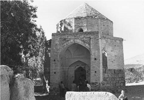 Imam Mustansir bi'llah II's mausoleum in Anjundan<br />  Image: The Ismailis An Illustrated History