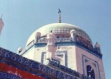 Pir_Shams's_Mausoleum