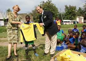British High Commissioner in Tanzania meets Street Child World Champions 2014 in Mwanza