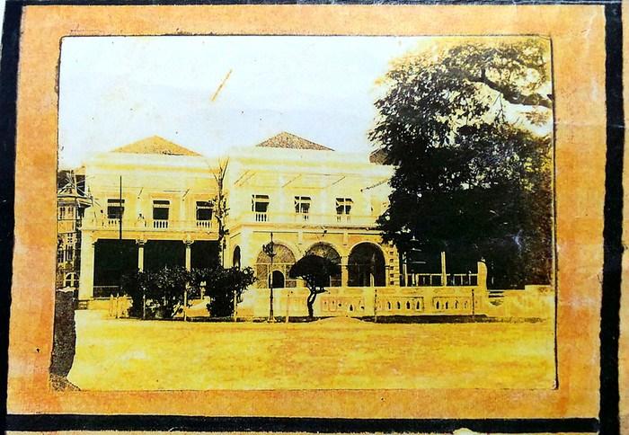 Historic picture of Aga Hall, the secretariat of Aga Khan I (46th Imam of the Shia Ismaili Muslims)