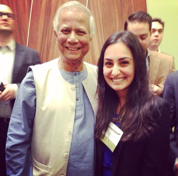 Introducing The Soular Backpack to Nobel Peace Prize Laureate, Professor Muhammad Yunus in Mexico City at the Global Social Business Summit, 2014,