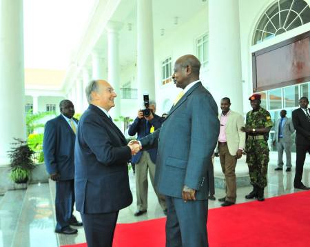 February 24, 2015: His Highness the Aga Khan with President Yoweri Museveni in Kampala, Uganda