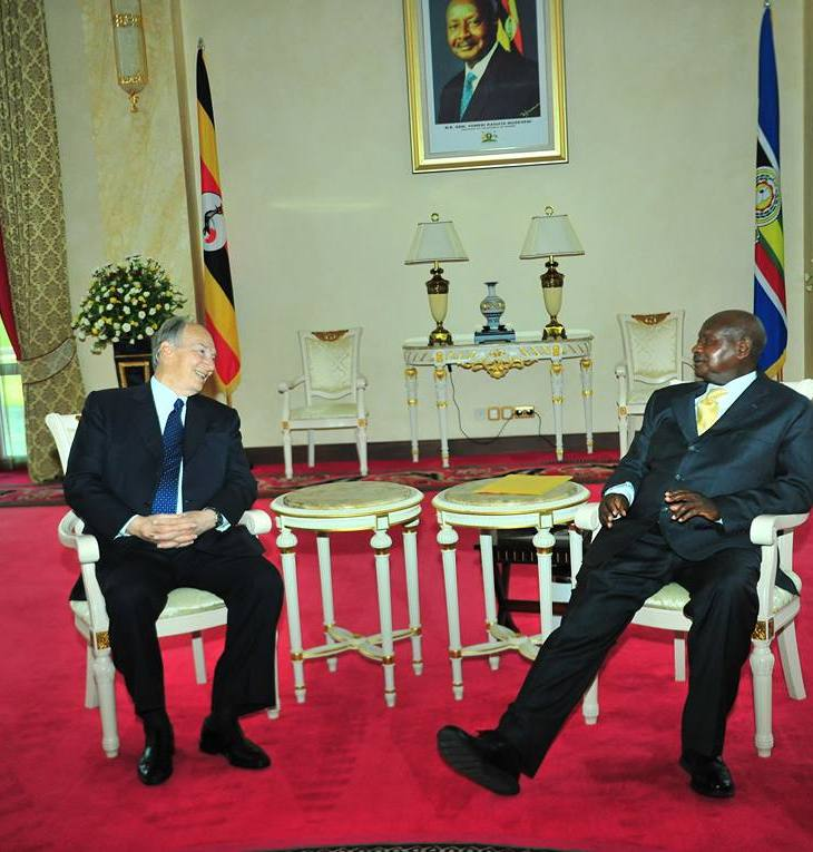February 24, 2015: His Highness the Aga Khan with President Yoweri Museveni in Kampala, Uganda
