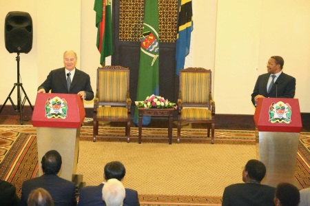 February 23, 2015: Photos: His Highness the Aga Khan with President of Tanzania Dr. Jakaya M Kikwete