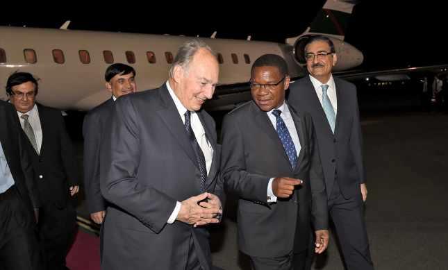 February 20, 2015: Photographs: His Highness the Aga Khan received in Dar-Es-Salaam, Tanzania