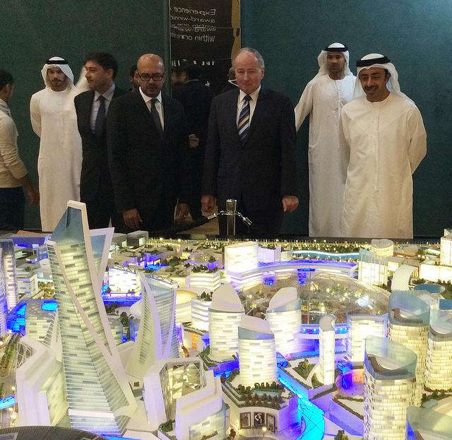 Canadian Minister Nicholson with Canadian Ambassador in Dubai, United Arab Emirates. (Photo via Foreign Affairs, Trade and Development Canada - DFATD)