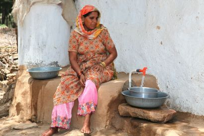 AKRSP`s work in water and sanitation includes providing access to safe and pure drinking water for nearly 29,000 households in rural Gujarat and Bihar. Photo: AKDN