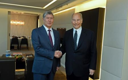 His Highness the Aga Khan with President Atambayev of Kyrgyz Republic