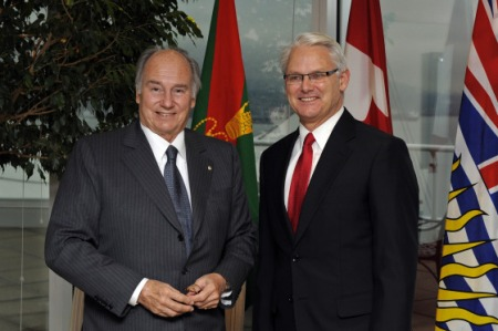 Mawlana Hazar Imam at a luncheon hosted by Premier Gordon Campbell that was attended by community, education and business leaders in honour of Mawlana Hazar Imam's Golden Jubilee visit to British Columbia in 2008. (Photo via Simerg - The Ismaili/Gary Otte)