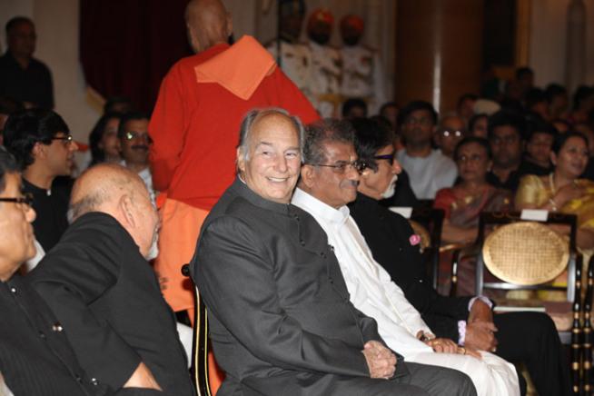 Prince Karim Aga Khan, Others Receive Padam Vibhushan