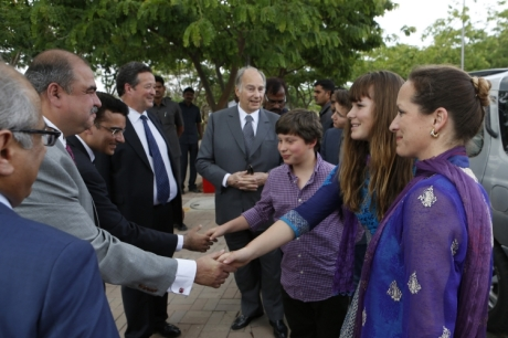 Ismaili Council Vice-President and Chairman of the Aga Khan Education Service, India welcome Princess Zahra, her children Sara and Iliyan, Prince Aly Muhammad, and Mawlana Hazar Imam to the Aga Khan Academy, Hyderabad. (Image credit: Nazim Lokhandwala via TheIsmaili.com)