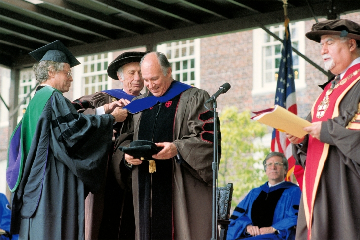 From Ismailimail Archives - May 26, 1996: Brown University President Vartan Gregorian (right) confers the honorary degree Doctor of Laws upon His Highness the Aga Khan. (Image credit AKDN / Gary Otte via TheIsmaili.org)
