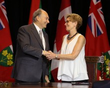 Premier Wynne welcomed His Highness the Aga Khan to Queen's Park today for the signing of a historic Agreement of Cooperation between the province and the Ismaili Imamat. © Queen's Printer for Ontario, 2015