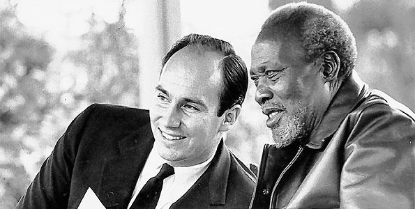 1960s: His Highness Prince Karim Aga Khan with Kenya's 1st President Jomo Kenyatta, father of Kenya's current President Uhuru Kenyatta. (image credit Ismaili.net)