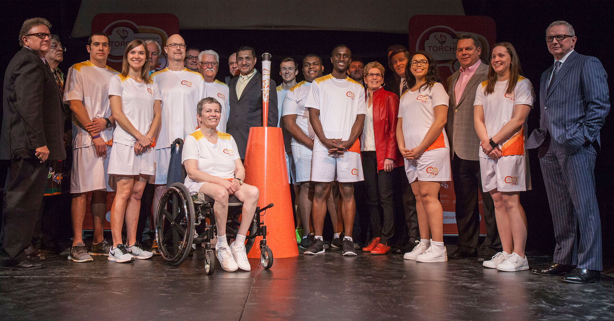 TO2015 and its relay partners announced the first 10 torchbearers, and unveiled the torch and torchbearer uniform. (CNW Group/Toronto 2015 Pan/Parapan American Games)