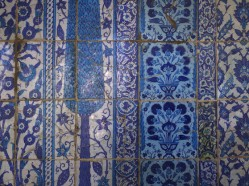 Iznik tile at Amir Aqsunqur Mosque