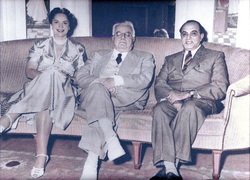 Moolji Nazarali at Avian Conference France