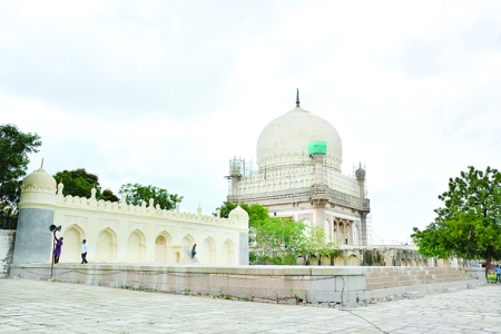 Idgah at Qutub Shahi Tombs restored in time for Eid-ul-Adha