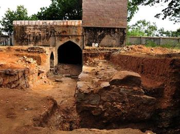 Aga Khan Trust for Culture excavation unearths a 'Summer Palace' and a buried tunnel