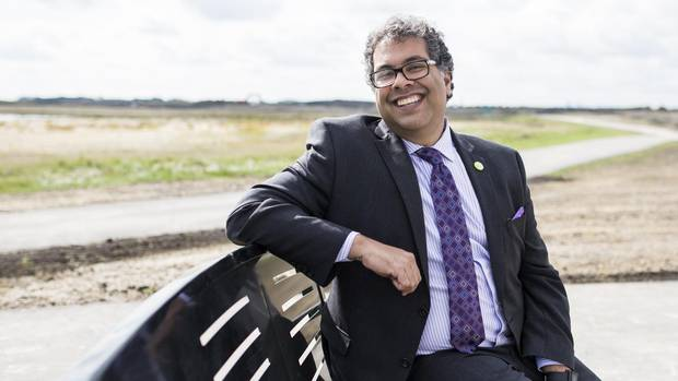 Calgary Mayor Naheed Nenshi says he thinks the vast majority of people in this country would like to help refugees. (Image credit: Chris Bolin, Globe and Mail)