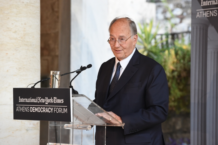 His Highness the Aga Khan delivering the Keynote Address to the 2015 Athens Democracy Forum. (image via Huffington Post)
