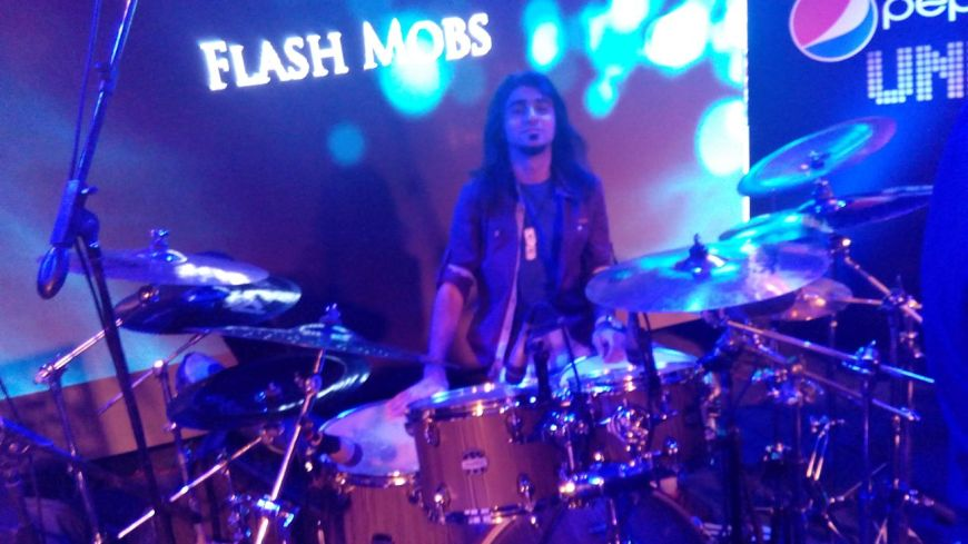 Alishan Lakhani: On Acoustic Drums for Pepsi Unplugged Show